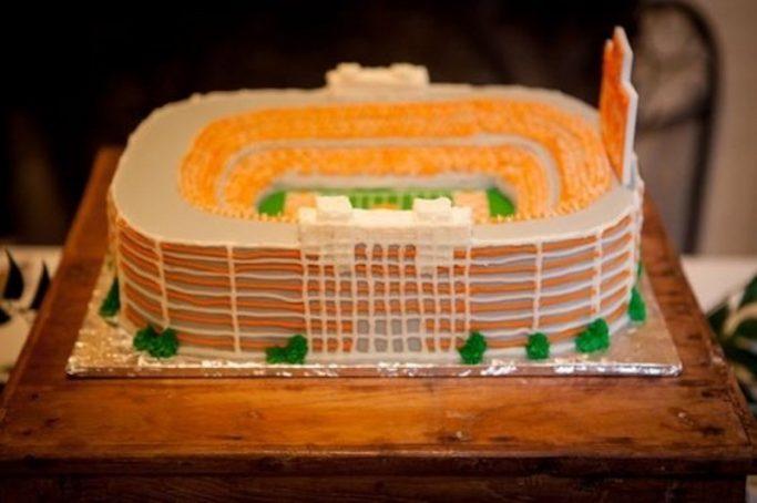 University of Tennessee groom's cakes