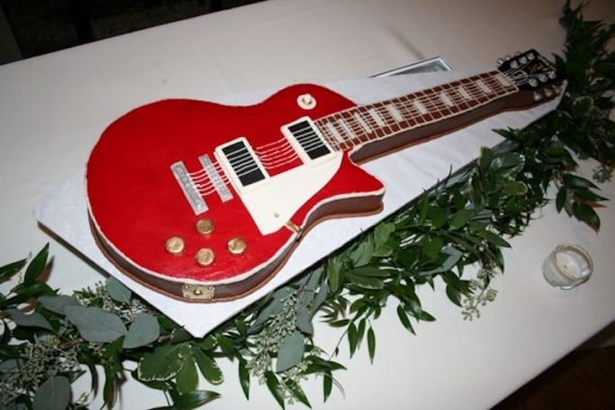 one of Patty Russell's groom's cakes